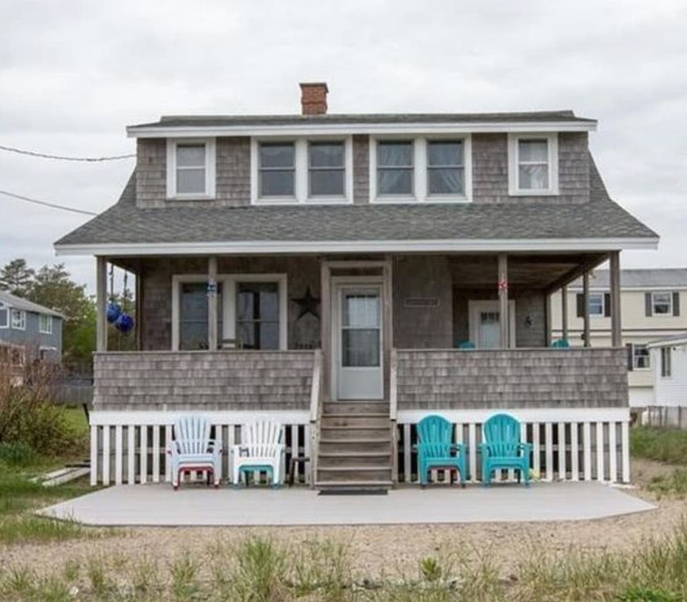 Featured Image, Quintessential Remodeled Oceanfront Beach Cottage