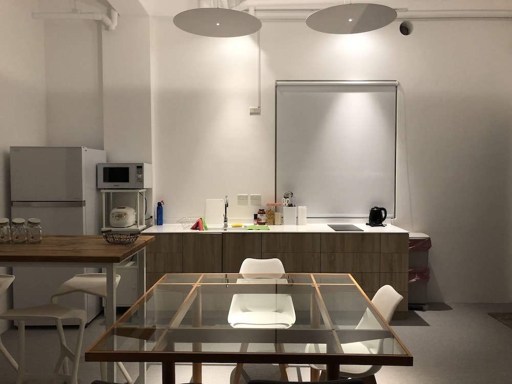 Private Kitchen, Twilight BnB