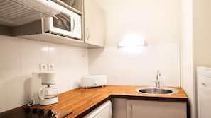 Micro-ondes, plaque de cuisson, lave-vaisselle
