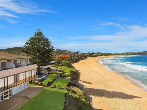 Pacific Dreams at Terrigal/wamberal