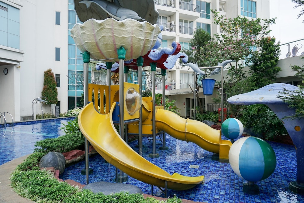 Stunning 2 Bedrooms Apartment At Ancol Mansion In Jakarta Best Rates Deals On Orbitz