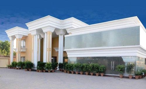 Hotel One Multan