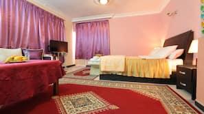 Ropa de cama de alta calidad y cunas o camas infantiles (de pago)