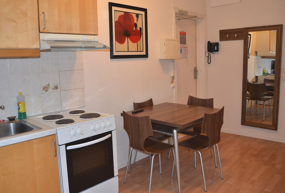 Private Kitchenette, Central City Apartments