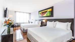 Ropa de cama hipoalergénica, colchones viscoelásticos, minibar
