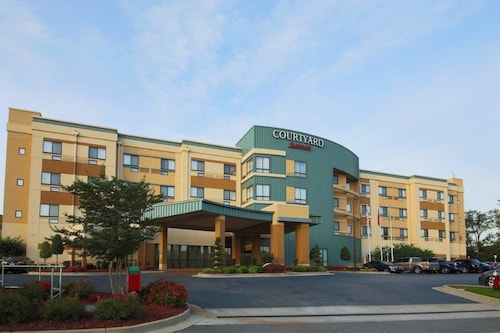 Courtyard by Marriott Warner Robins