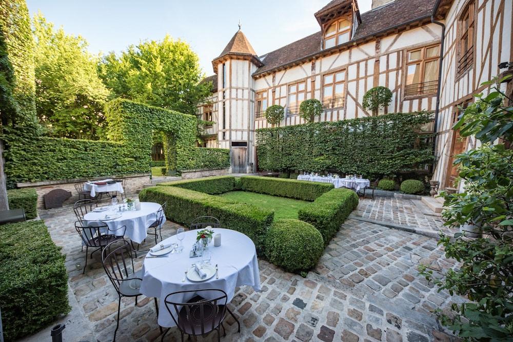 Sun Garden Tuinkussens.Hotel La Maison De Rhodes Troyes 2019 Hotel Prices Expedia Co Uk