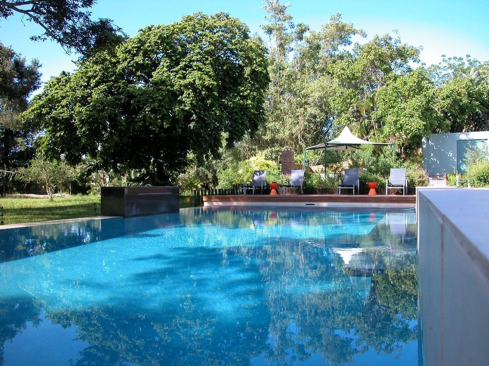 Outdoor Pool, Serene-estate Boutique Guesthouse