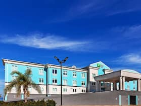 Holiday Inn Express & Suites Port Lavaca, an IHG Hotel