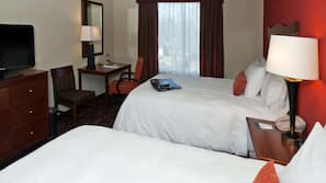 In-room safe, iron/ironing board, WiFi, linens