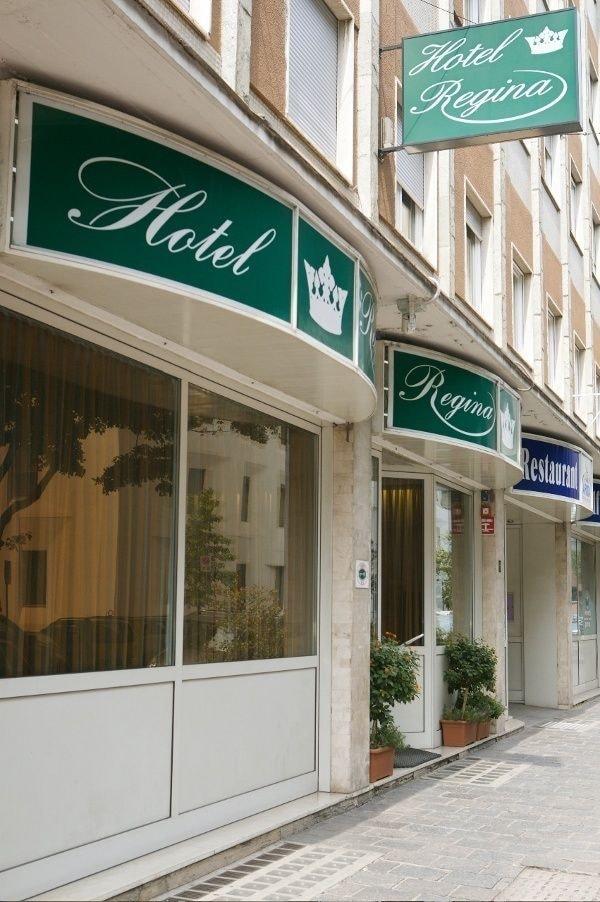 Book hotel regina bolzano hotel deals for Hotel regina barcelona booking