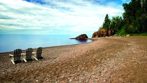 Private beach, beach yoga, kayaking, fishing