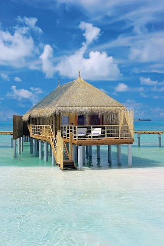 Constance Moofushi All Inclusive