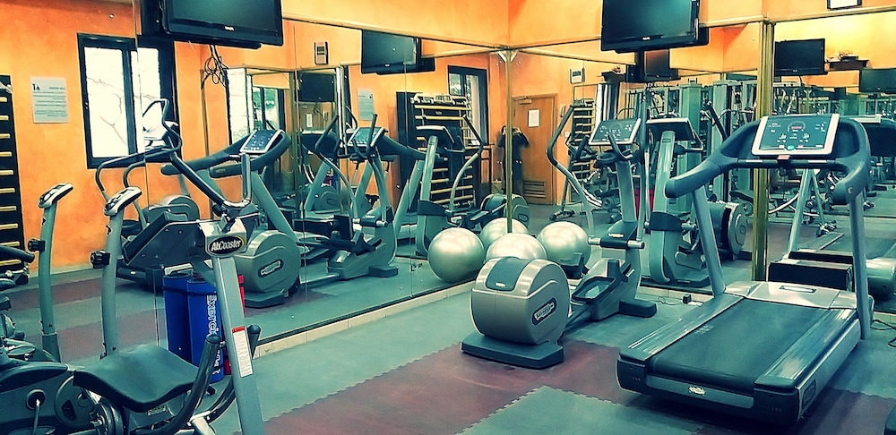 Fitness Facility, Victoria Crown Plaza Hotel