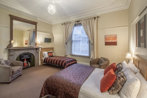 Ambleside Central - Guest House