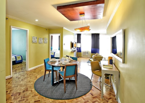 Hotels near Festival Supermall in Manila from £42   ebookers com