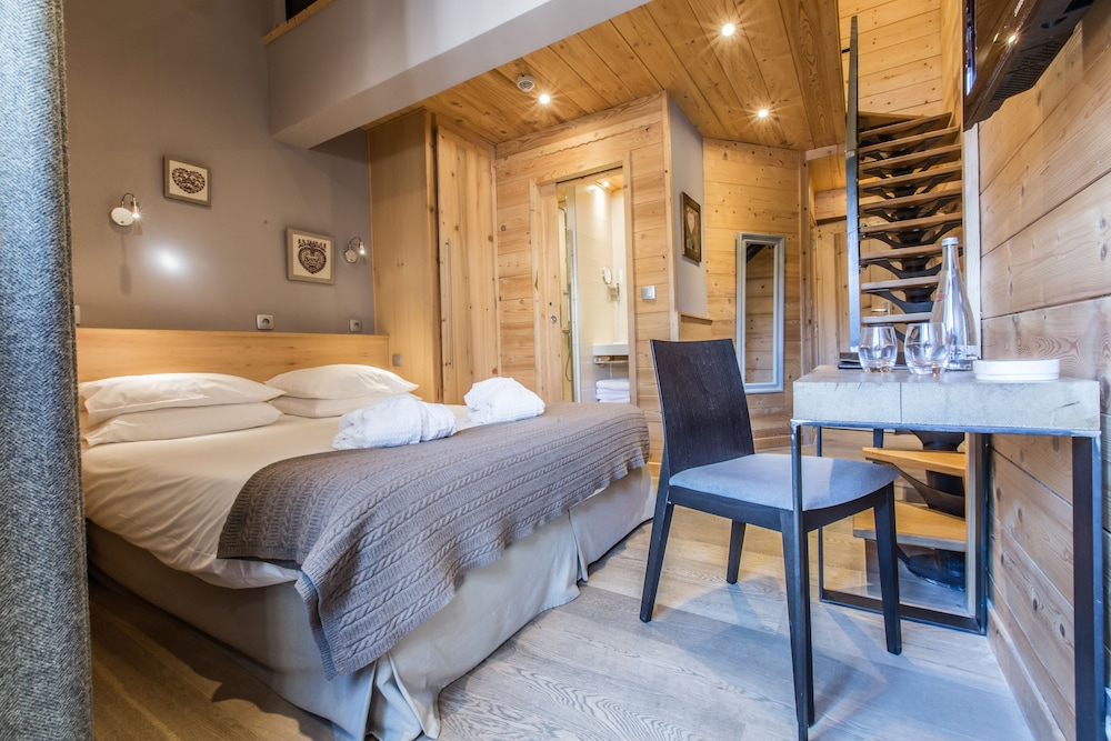 Chalet Hotel Crychar In Les Gets Hotel Rates Reviews On Orbitz - Hotel alpina les gets