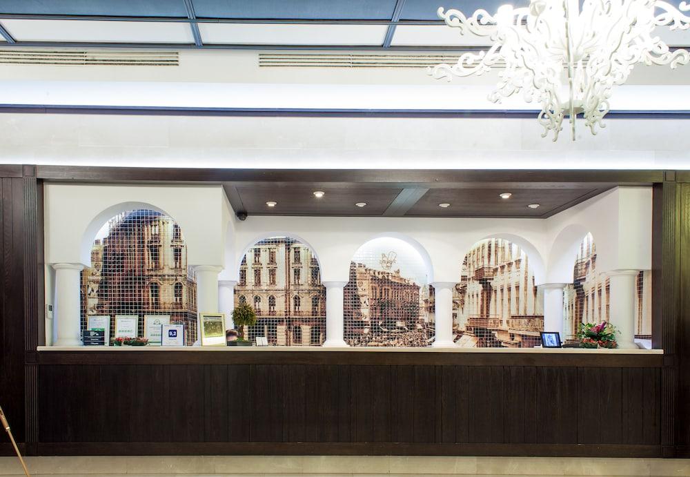 Epoque hotel in bucharest hotel rates reviews in orbitz for Epoque hotel