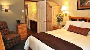1 bedroom, bed sheets, alarm clocks