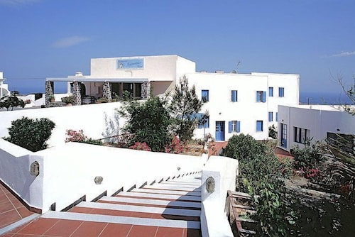 Property Entrance, Anemomilos Hotel & Apartments
