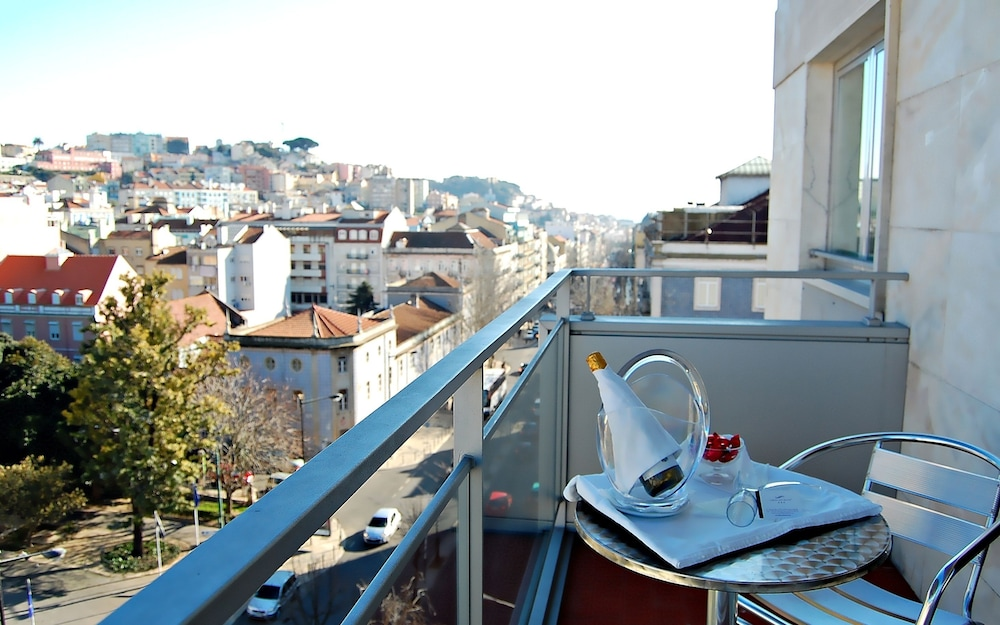 Balcony, Lisbon City Hotel