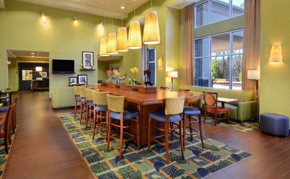 Hampton Inn & Suites Huntersville in Charlotte   Hotel ...