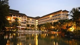Philea Mines Beach Resort - Seri Kembangan Hotels