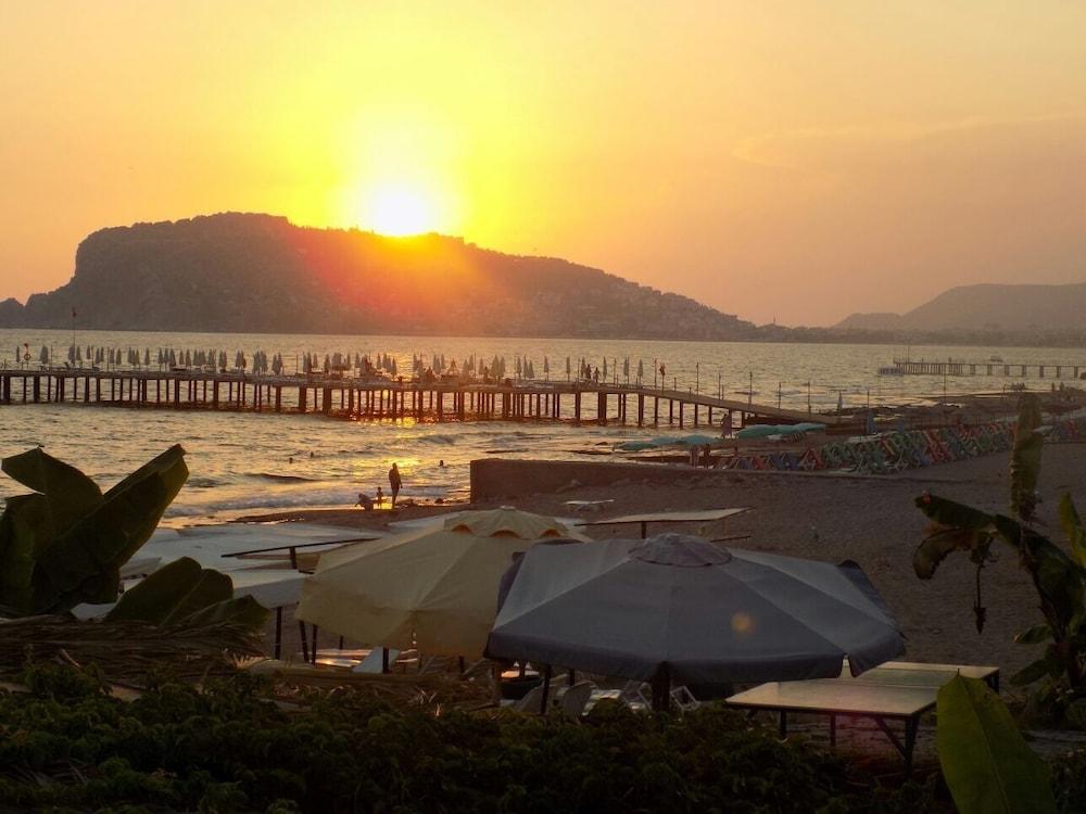 Semt Luna Beach Hotel - All Inclusive, Antalya ...