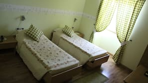 In-room safe, individually decorated, desk, cribs/infant beds