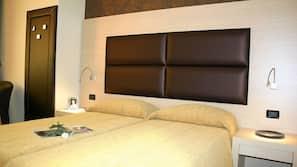 Una cassaforte in camera, insonorizzazione, ferro/asse da stiro