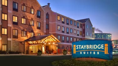 Staybridge Suites Omaha 80th And Dodge