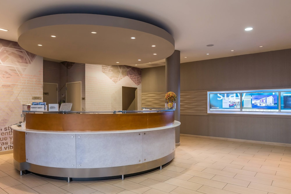 Lobby, SpringHill Suites Huntsville Downtown