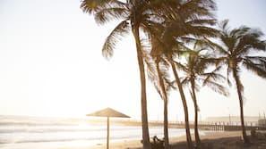 Beach nearby, beach towels, fishing