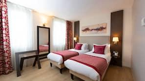 메모리폼 소재 침대, 객실 내 금고, 각각 다르게 꾸며진, 각각 다르게 가구가 비치된