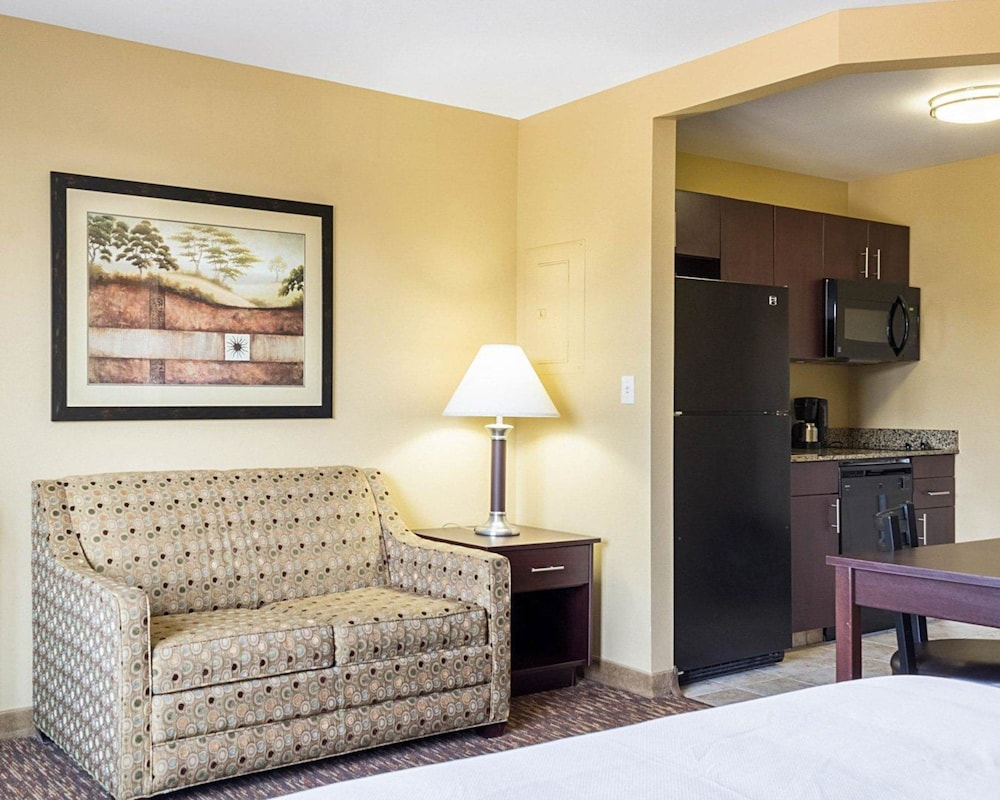 Room, MainStay Suites