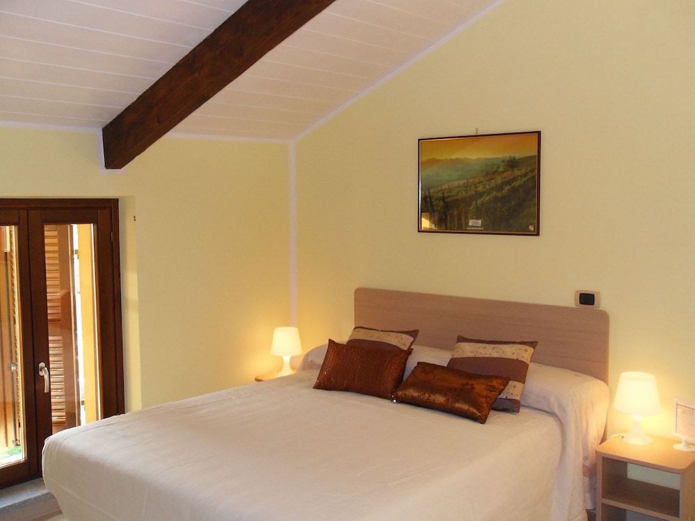 Room, La Valle B&B