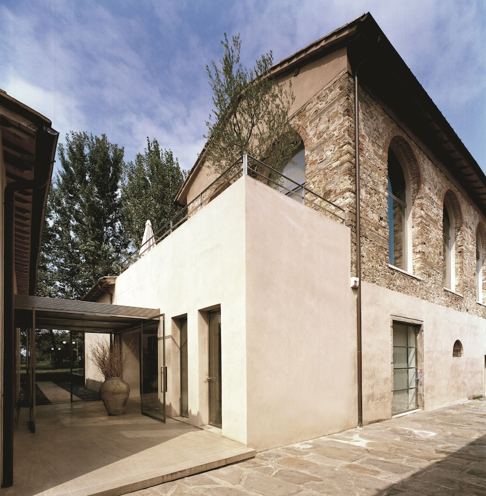 Exterior, Riva Lofts Florence