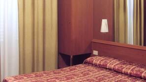 Una cassaforte in camera, culle/letti per bambini (gratuiti)