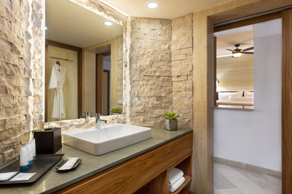 Bathroom, The Westin Reserva Conchal, an All-Inclusive Golf Resort & Spa