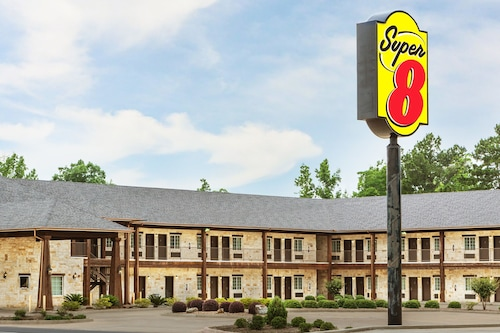 Super 8 by Wyndham Center