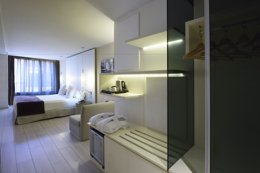 Room, GRUMS HOTEL & SPA