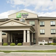 Holiday Inn Express and Suites Mason City
