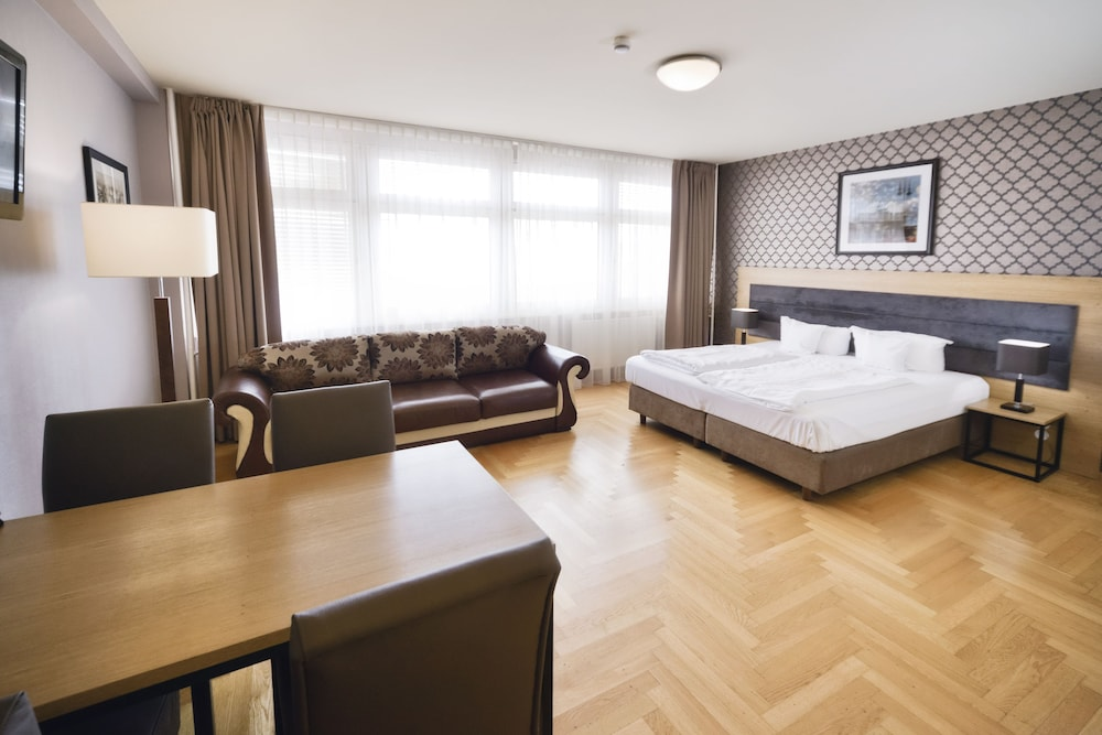 Amc Apartments Ku Damm Berlin Hotelbewertungen 2019 Expedia De