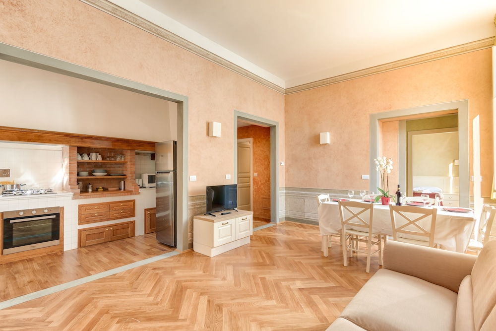 Duplex, 3 Bedrooms (9/A , Borgo Albizi 29 - Lift) - Featured Image