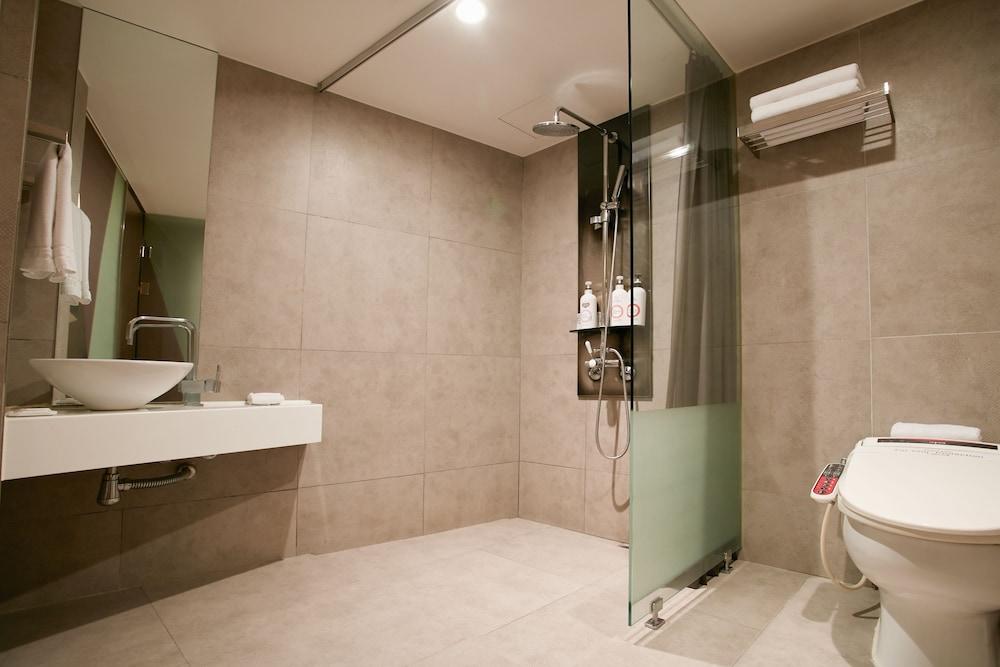 tria hotel reviews page seoul