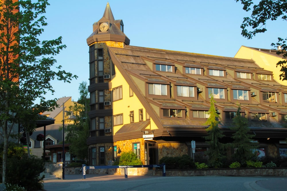 Exterior, Clock Tower Resort