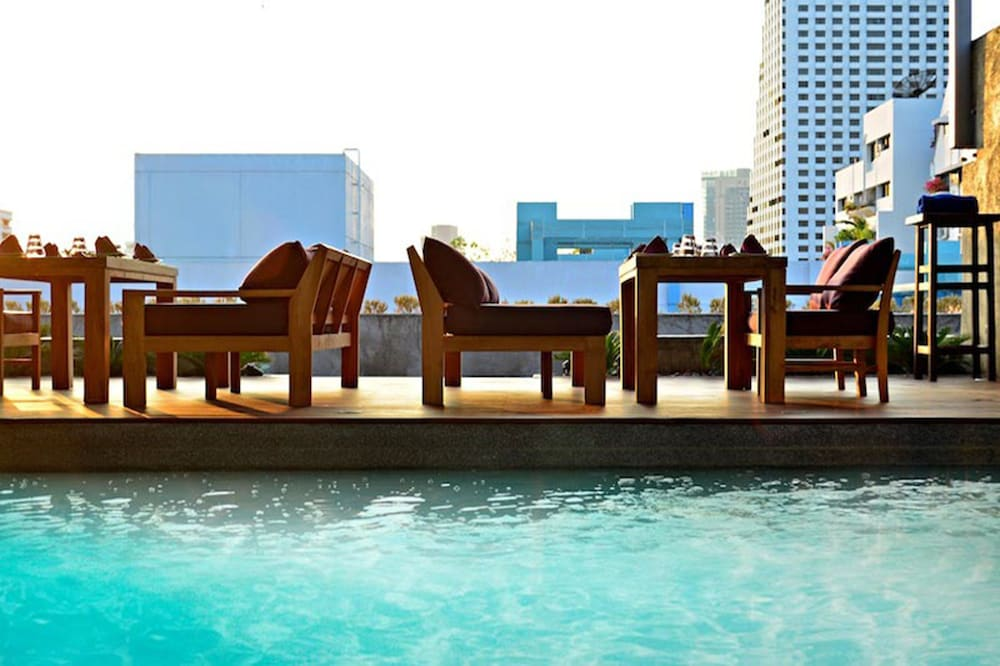 Galleria 10 sukhumvit bangkok by compass hospitality for Hotel nice piscine sur le toit