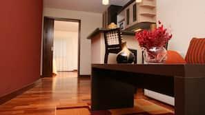1 bedroom, premium bedding, down comforters, in-room safe