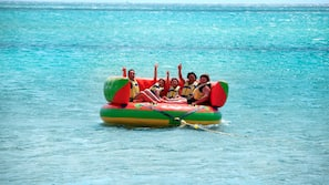 Spiaggia privata, lettini da mare, un bar sulla spiaggia