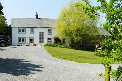 Wallace Lane Farm - Farm Home